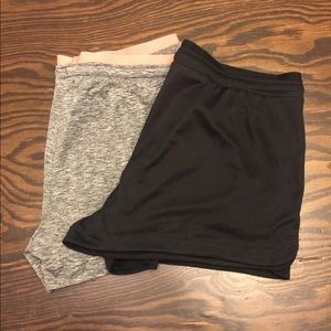 Old Navy Active Go-Dry Set of 2 Workout Shorts